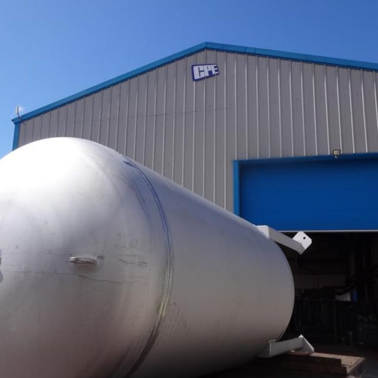 CPE-Pressure-vessels-UK-Tamworth-stainless-steel-manufacturing-316l-5400-litre